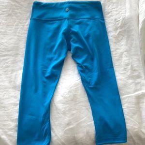 Lululemon blue crop legging